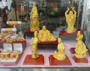 Gold figurines for Chinese new year