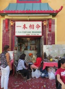 Fortune teller in Chinatown