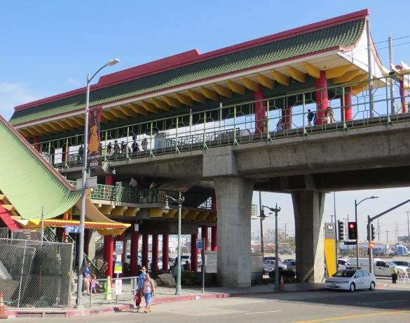 Metro station Chinatown
