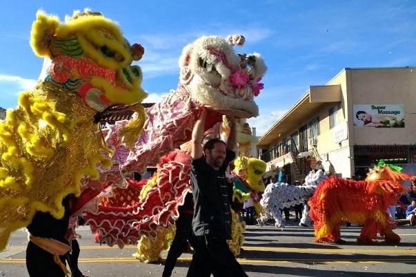 lion dancers golden dragon parade