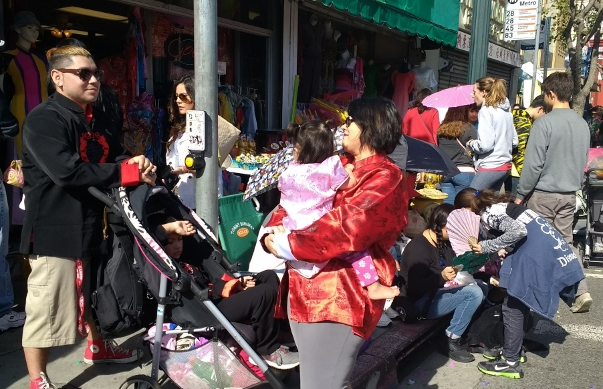 waiting for parade chinatown 2017