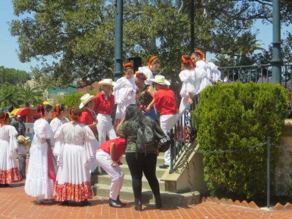 folk dancers at blessing april 2017