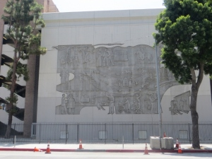 Mural on parking structure 219 Broadway