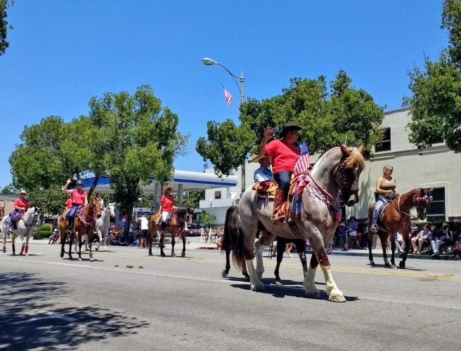 Arroyo Seco horses in parade (