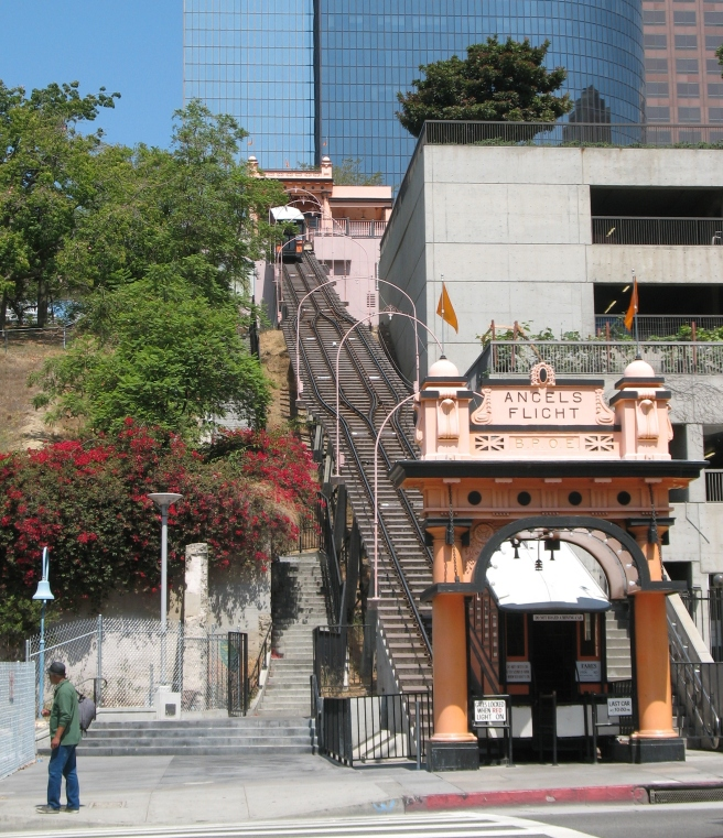 Angels Flight entrance Hill st.