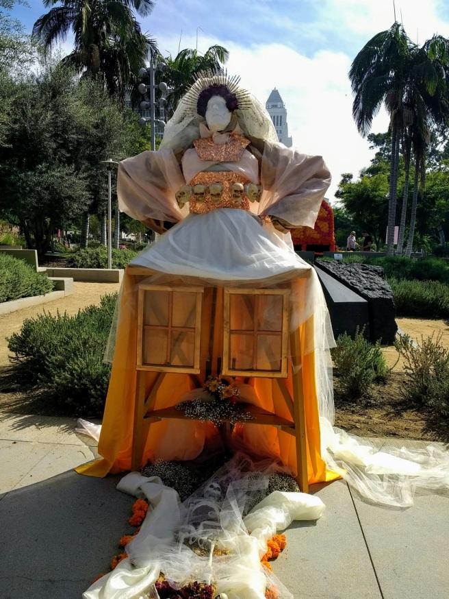 Saintly bride Dia de los Muertos Grand Park 2018