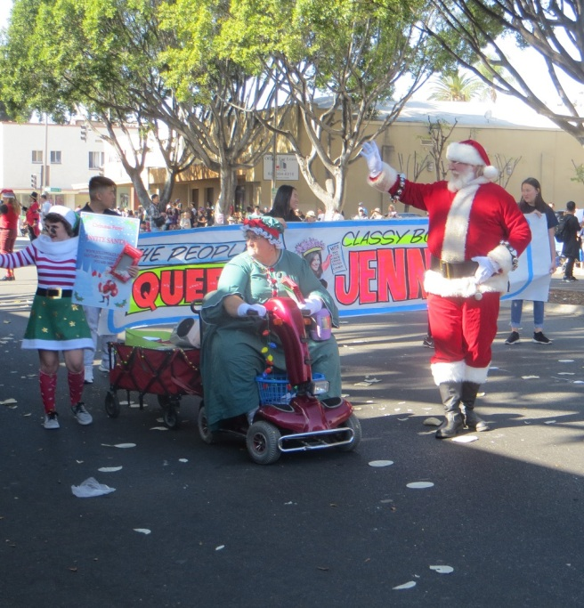 Santa Claus at Doo Dah parade 2018